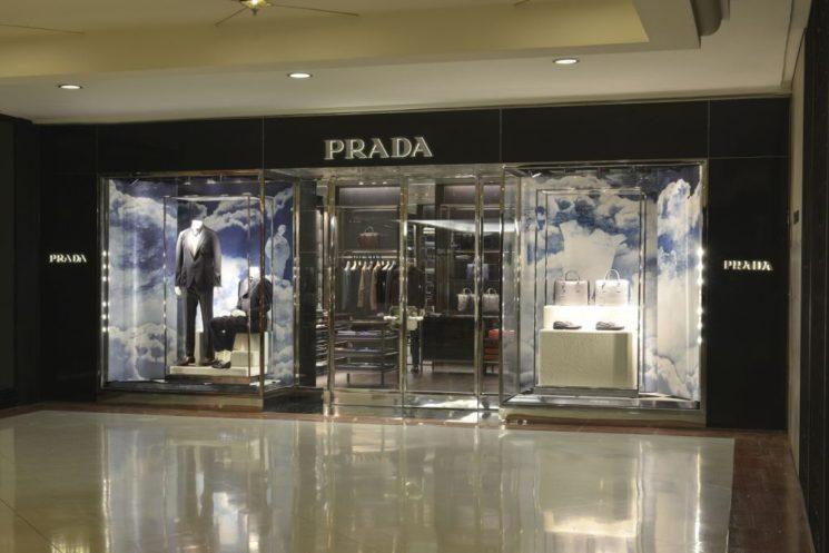 Prada inaugura primeira loja masculina no Brasil