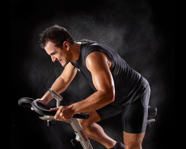 Dicas para manter a saúde dos cabelos nas atividades físicas