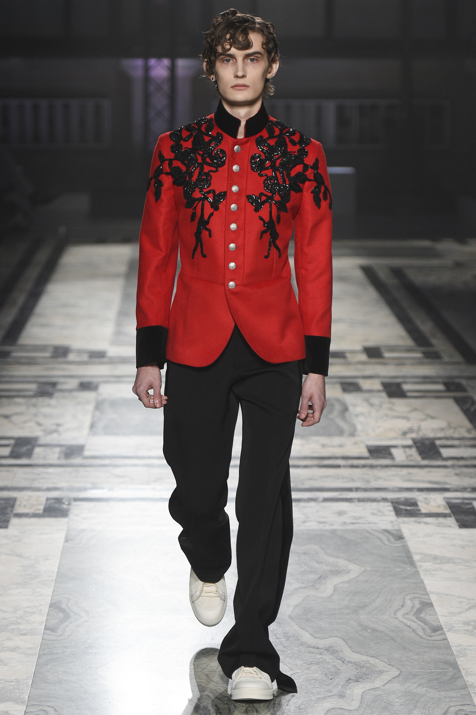 alexander mcqueen, fashion show, london collection, fashion blogger, blog de moda, alex cursino, moda sem censure, review, digital influencer,  (10)