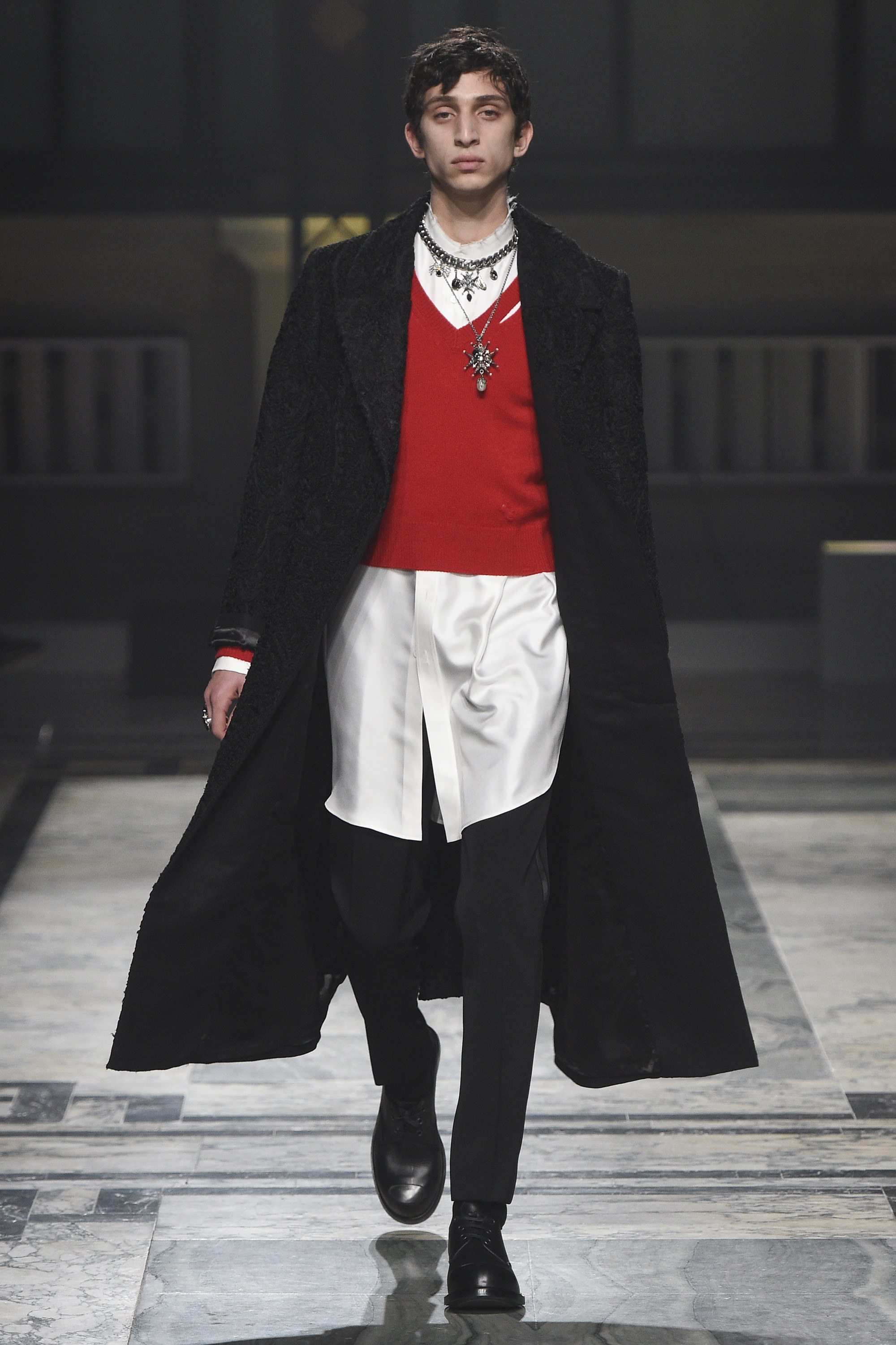 alexander mcqueen, fashion show, london collection, fashion blogger, blog de moda, alex cursino, moda sem censure, review, digital influencer,  (9)