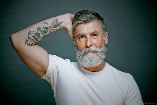 Ele realizou o sonho de ser modelo aos 60 anos