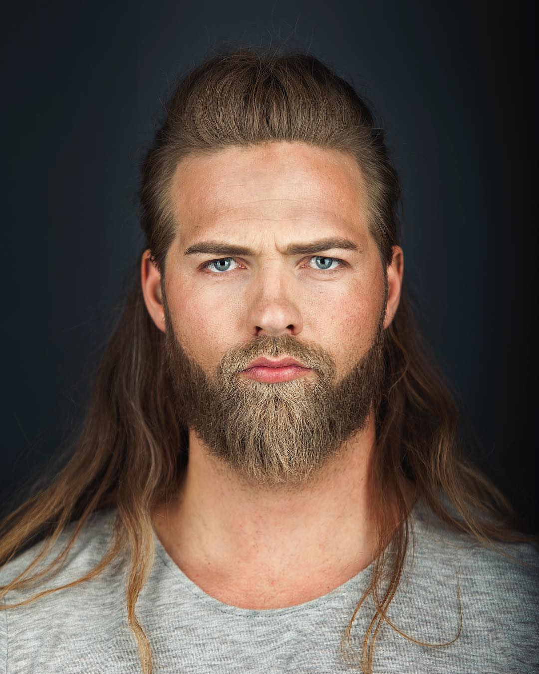 barba 2017, cabelo longo masculino, cabelo loiro, homem estiloso, tenente da marinha, moda sem censura, alex cursino, estilo viking, lumberssexual, mens, grooming, (10)
