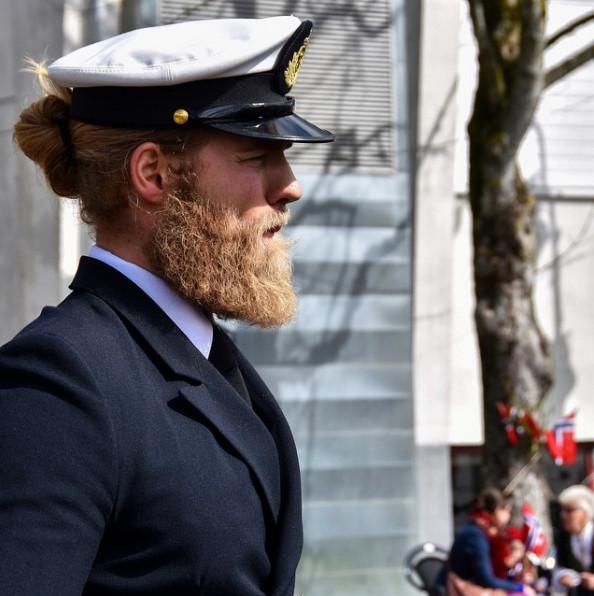 barba 2017, cabelo longo masculino, cabelo loiro, homem estiloso, tenente da marinha, moda sem censura, alex cursino, estilo viking, lumberssexual, mens, grooming, (4)