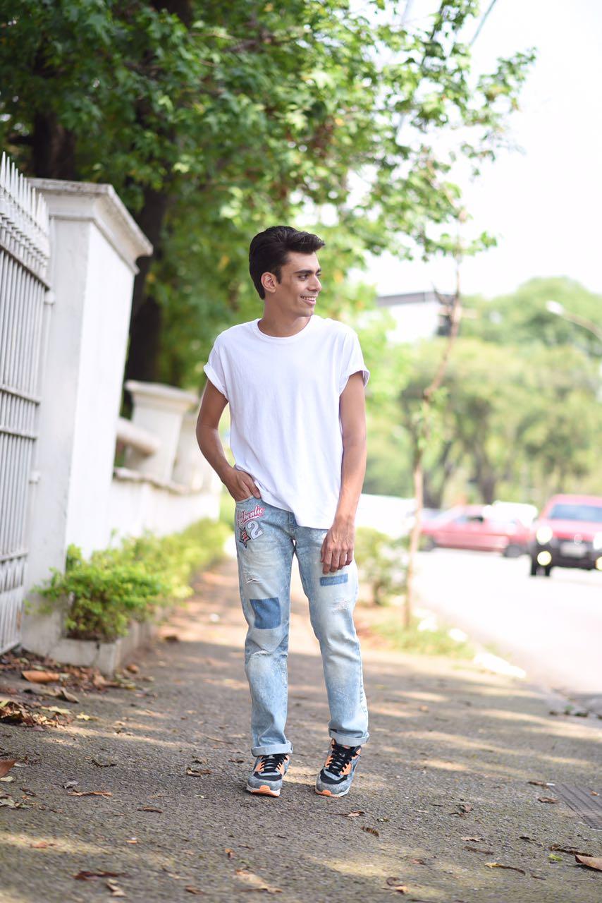 alex-cursino-look-masculino-patches-masculino-como-usar-patches-calca-com-patches-menswear-dicas-de-moda-influencer-mens-staroup-jeans-cabelo-masculino-spfw-trans-spfw-n42-11