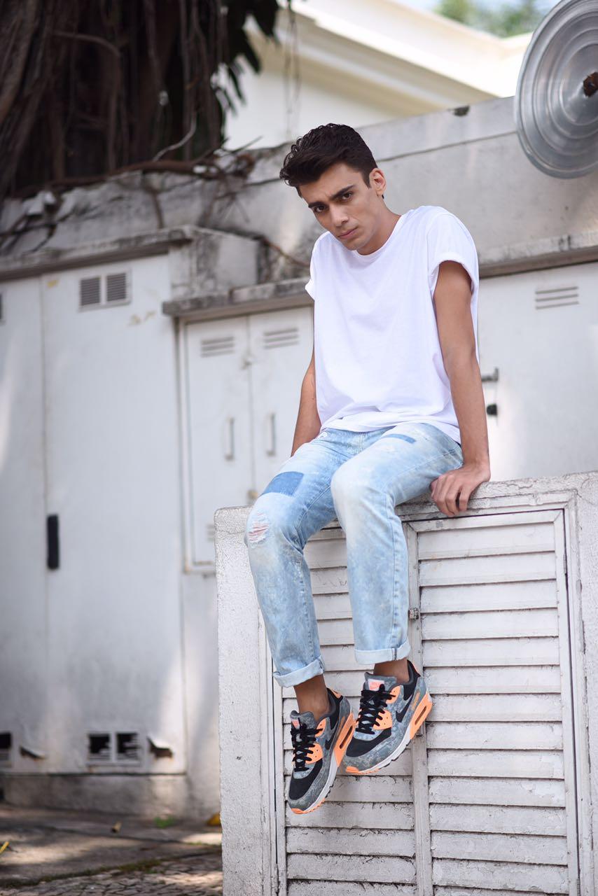 alex-cursino-look-masculino-patches-masculino-como-usar-patches-calca-com-patches-menswear-dicas-de-moda-influencer-mens-staroup-jeans-cabelo-masculino-spfw-trans-spfw-n42-2