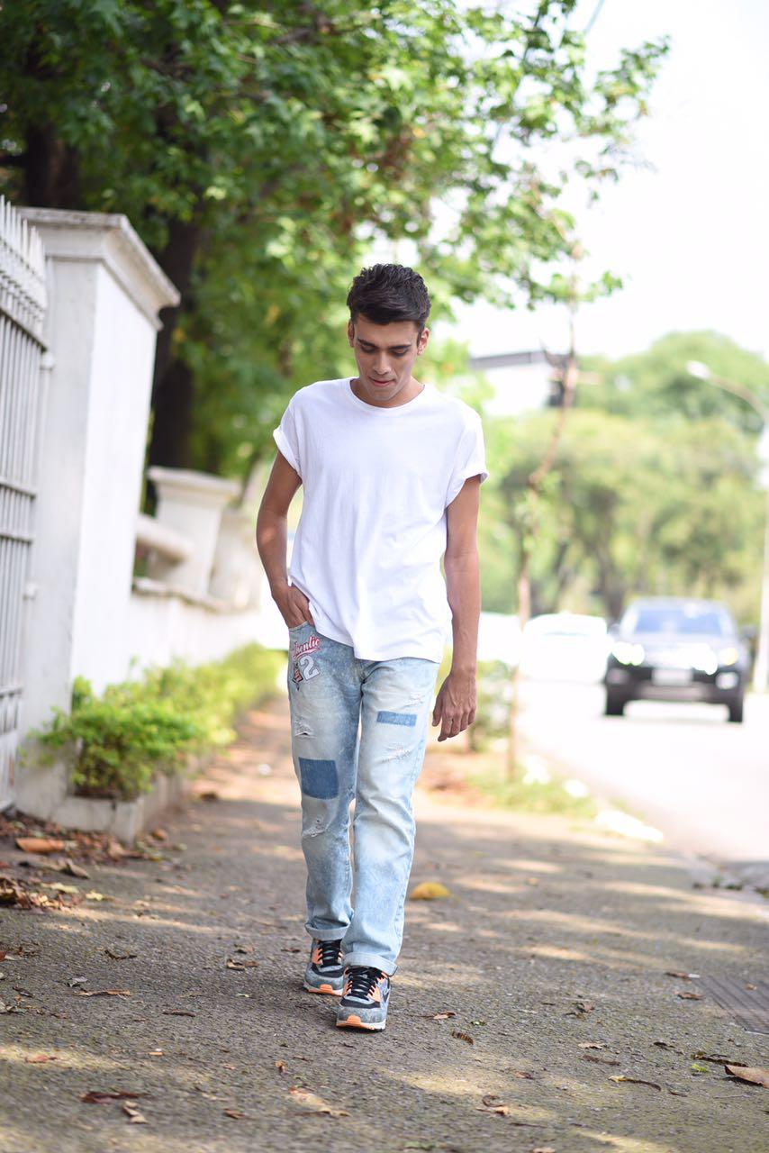 alex-cursino-look-masculino-patches-masculino-como-usar-patches-calca-com-patches-menswear-dicas-de-moda-influencer-mens-staroup-jeans-cabelo-masculino-spfw-trans-spfw-n42-5