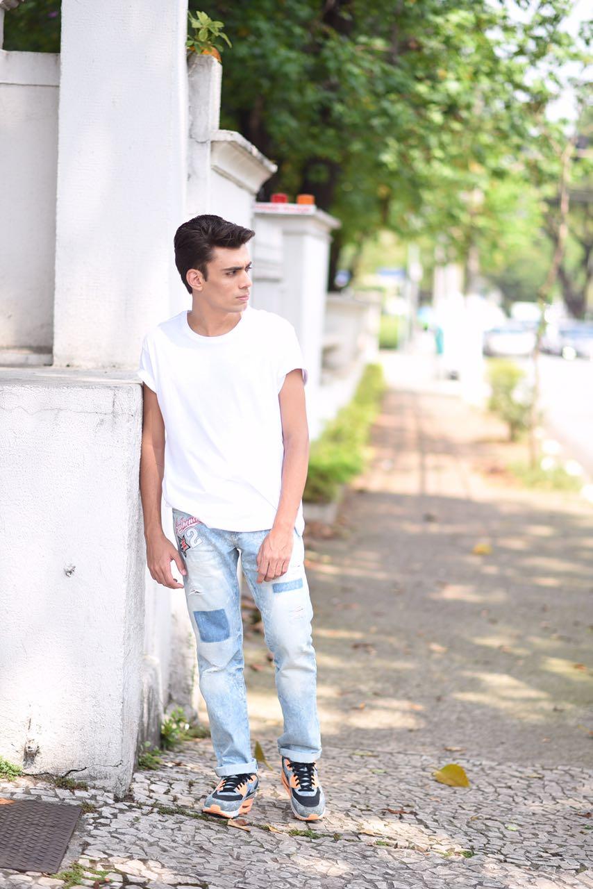 alex-cursino-look-masculino-patches-masculino-como-usar-patches-calca-com-patches-menswear-dicas-de-moda-influencer-mens-staroup-jeans-cabelo-masculino-spfw-trans-spfw-n42-6