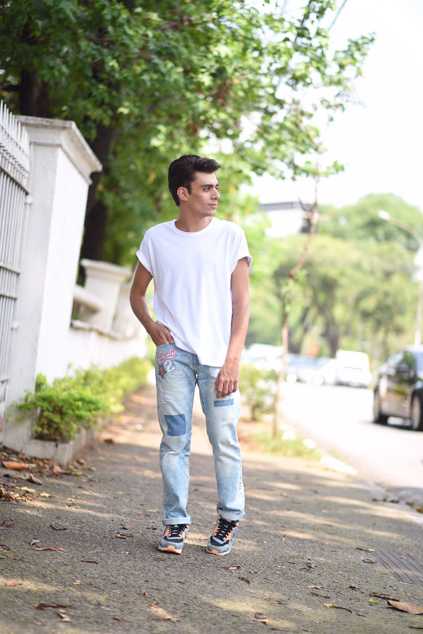 alex-cursino-look-masculino-patches-masculino-como-usar-patches-calca-com-patches-menswear-dicas-de-moda-influencer-mens-staroup-jeans-cabelo-masculino-spfw-trans-spfw-n42-7
