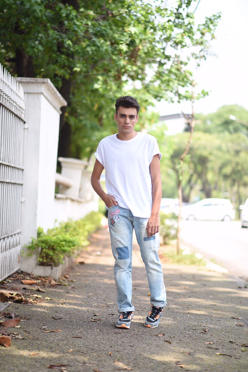 alex-cursino-look-masculino-patches-masculino-como-usar-patches-calca-com-patches-menswear-dicas-de-moda-influencer-mens-staroup-jeans-cabelo-masculino-spfw-trans-spfw-n42-9