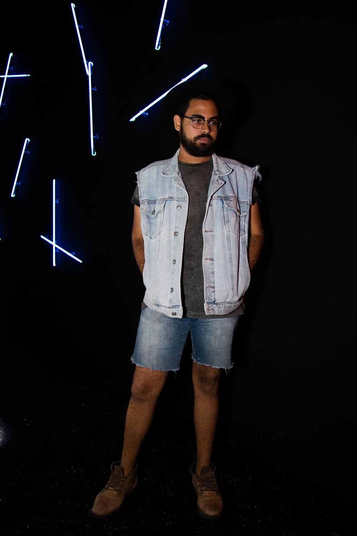 jeans-street-style-masculino-blog-de-moda-masculina-dicas-estilo-moda-jeans-jaqueta-calca-short-saia-fashion-week-spfw-spfwtrans42-spfwn42-tendencia-masculina-inverno-27