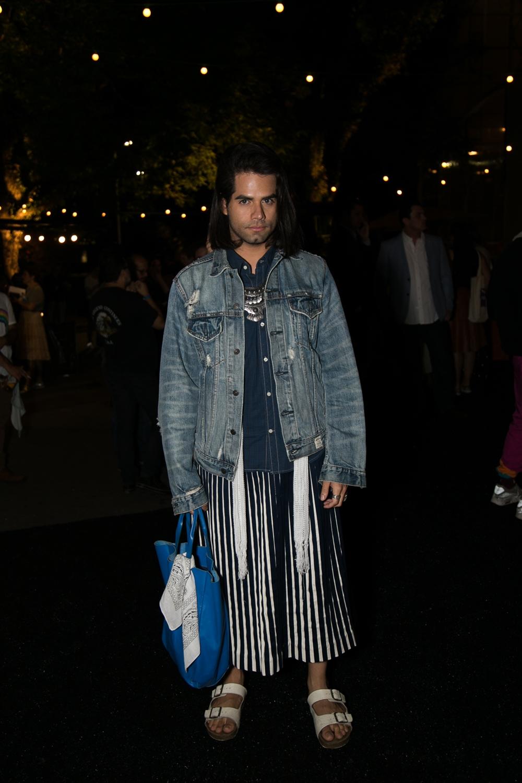 jeans-street-style-masculino-blog-de-moda-masculina-dicas-estilo-moda-jeans-jaqueta-calca-short-saia-fashion-week-spfw-spfwtrans42-spfwn42-tendencia-masculina-inverno-30