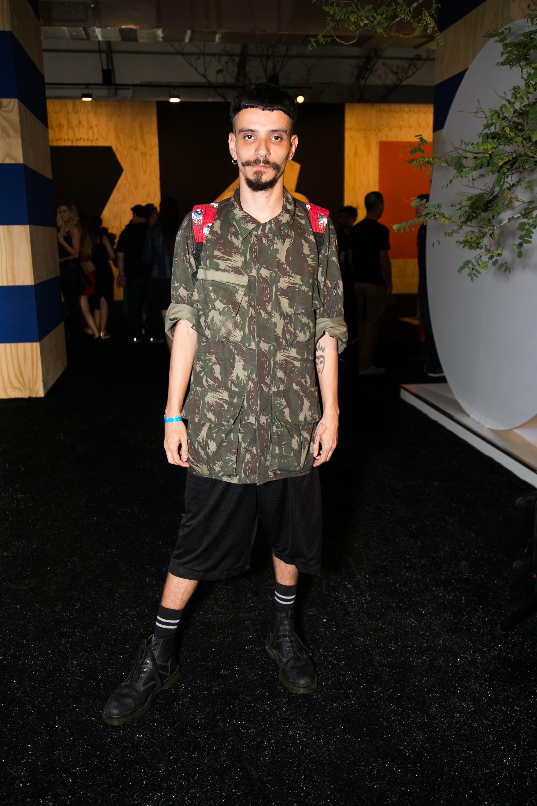 jeans-street-style-masculino-blog-de-moda-masculina-dicas-estilo-moda-jeans-jaqueta-calca-short-saia-fashion-week-spfw-spfwtrans42-spfwn42-tendencia-masculina-inverno-5