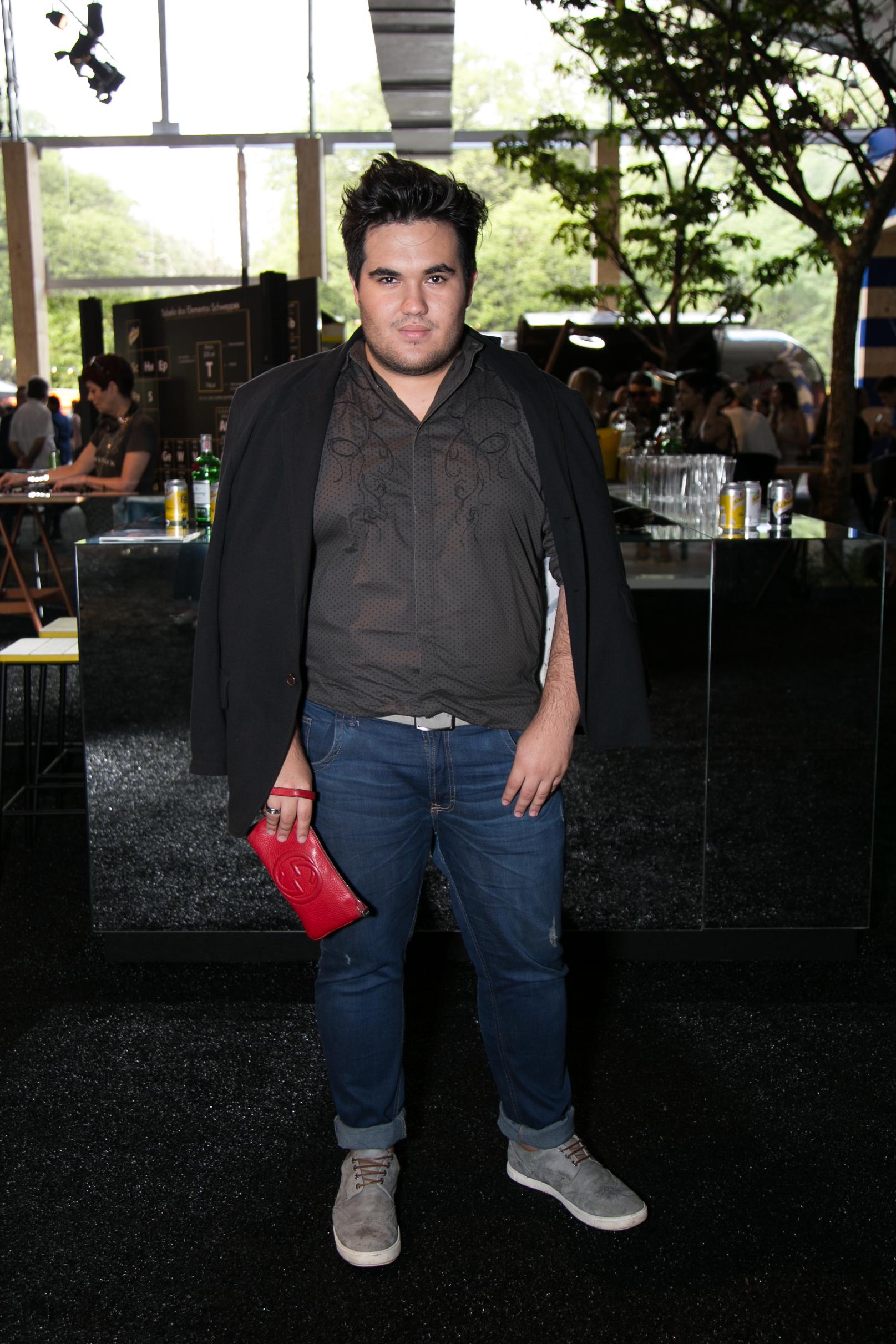 jeans-street-style-masculino-blog-de-moda-masculina-dicas-estilo-moda-jeans-jaqueta-calca-short-saia-fashion-week-spfw-spfwtrans42-spfwn42-tendencia-masculina-inverno-7