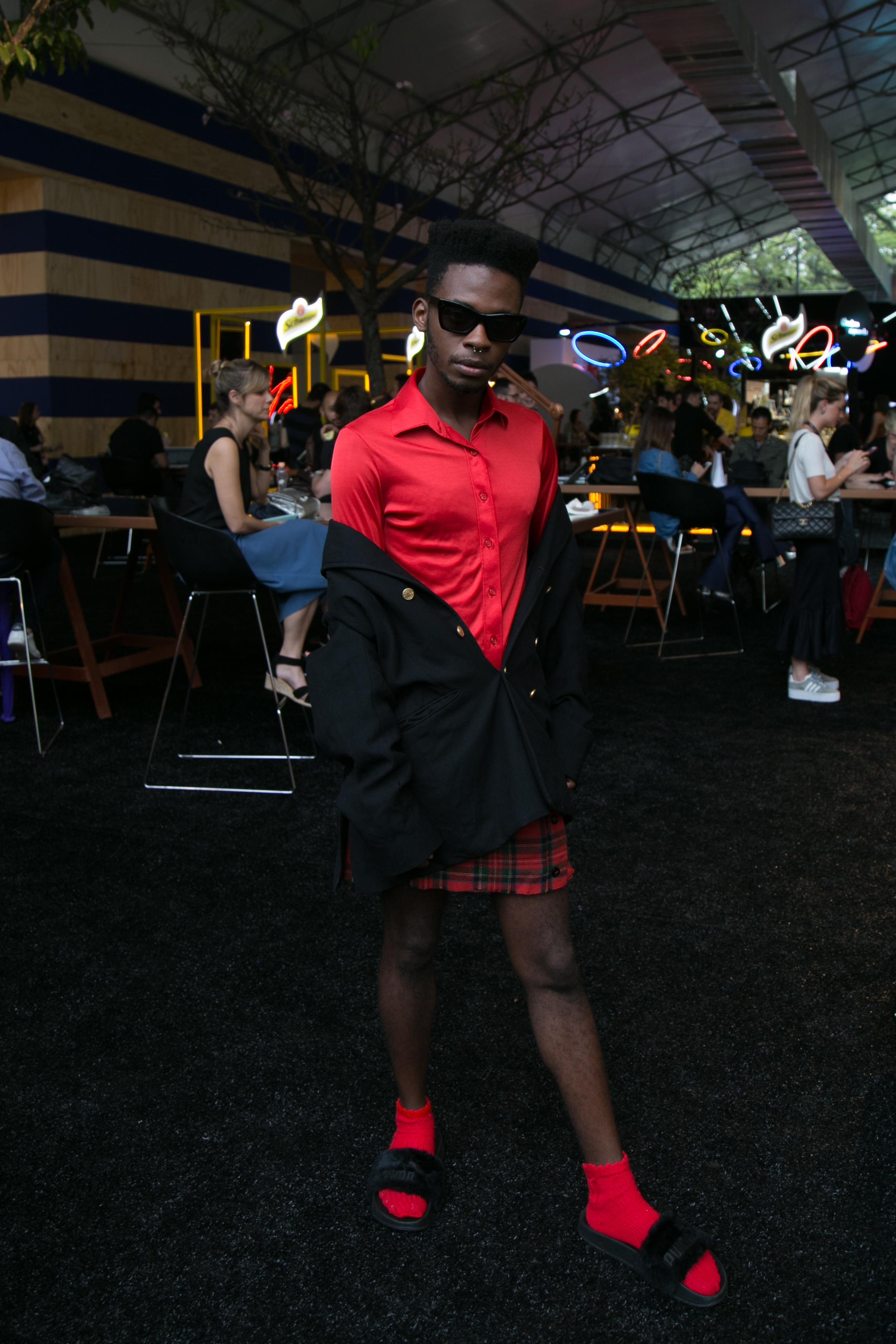 street-style-masculino-men-man-beleza-blog-de-moda-masculina-blogger-desfile-masculino-dicas-de-estilo-dicas-de-moda-diversidade-fashion-week-spfw-spfwtrans42-spfwn42-tendencia-masculina-invern-19