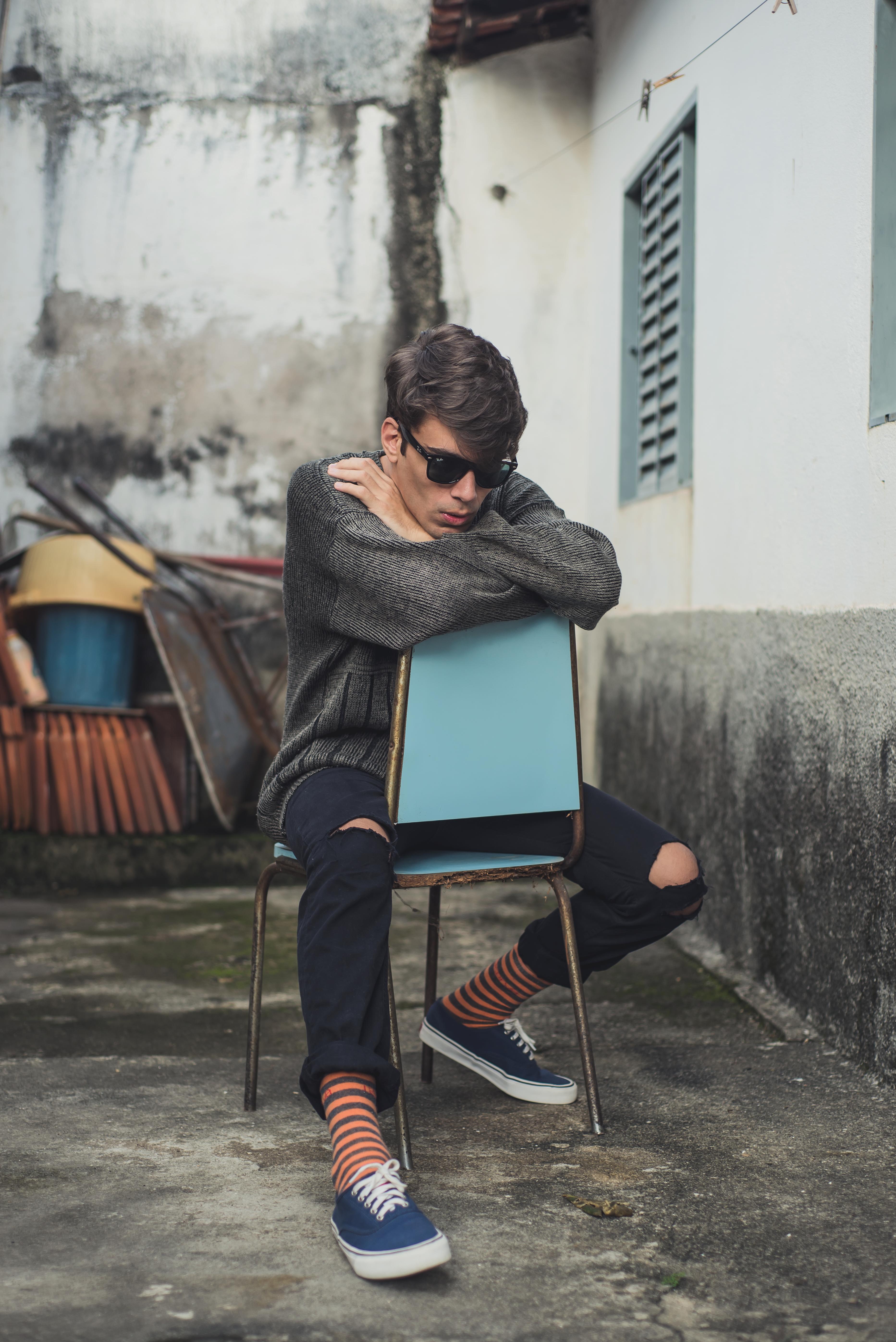 alex-cursino-rafaella-santiago-matheus-komatsu-shooting-editorial-de-moda-influencer-youtuber-blogueiro-de-moda-dicas-de-moda-como-ser-estiloso-anos-90-roupa-masculina-vogue-5