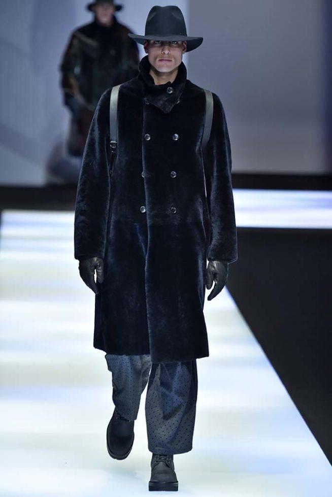 Emporio Armani Milan Menswear Fall Winter 2017, desfile masculino, tendencia masculina, inverno 2017, winter 2018, alex cursino, blog de moda, moda sem censura (51)