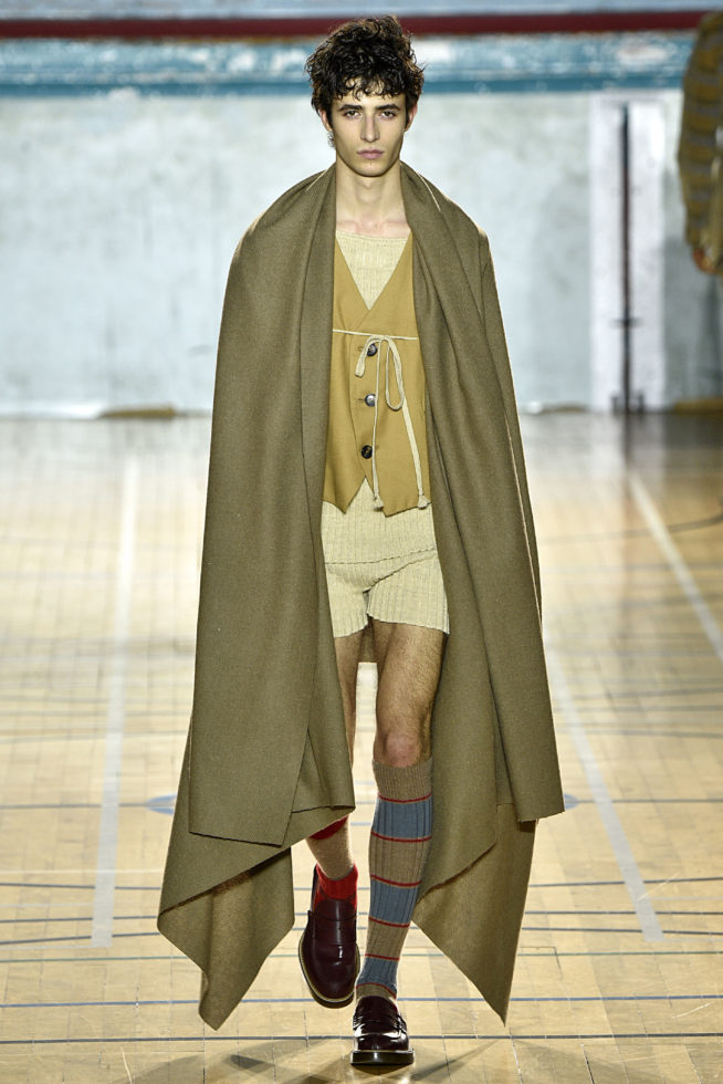 viviene-westwood-inverno-2017-winter-2017-fall-2017-london-fashion-week-mens-desfile-masculino-tendencia-2017-moda-sem-censura-blog-de-moda-masculina-alex-cursino-2