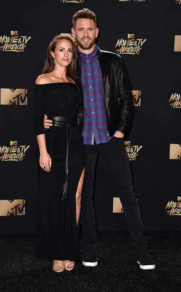 MTV Movie & TV Awards, red carpet, look masculino 2017, 13 reasons why, outfit, dicas de moda, blog de moda masculina, blogger, youtuber, youtube, menswear, style, estilo masculino (2)