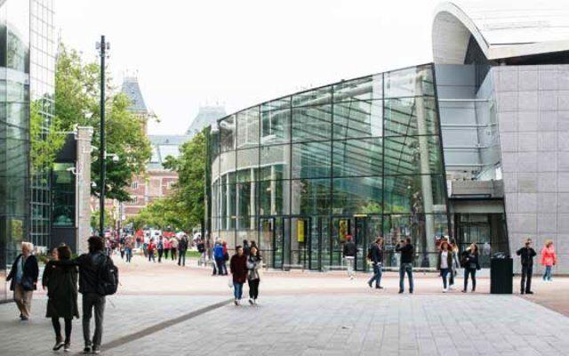 Na proa, os museus de Amsterdã
