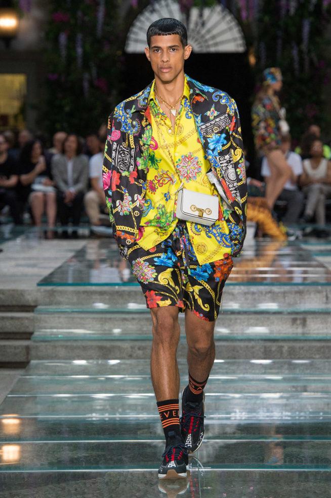 Milão: desfile Versace Verão 2019 masculino