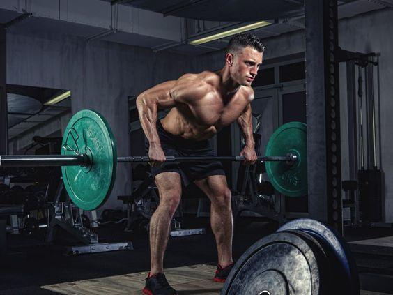 Exercícios para fortalecer costas e ombros