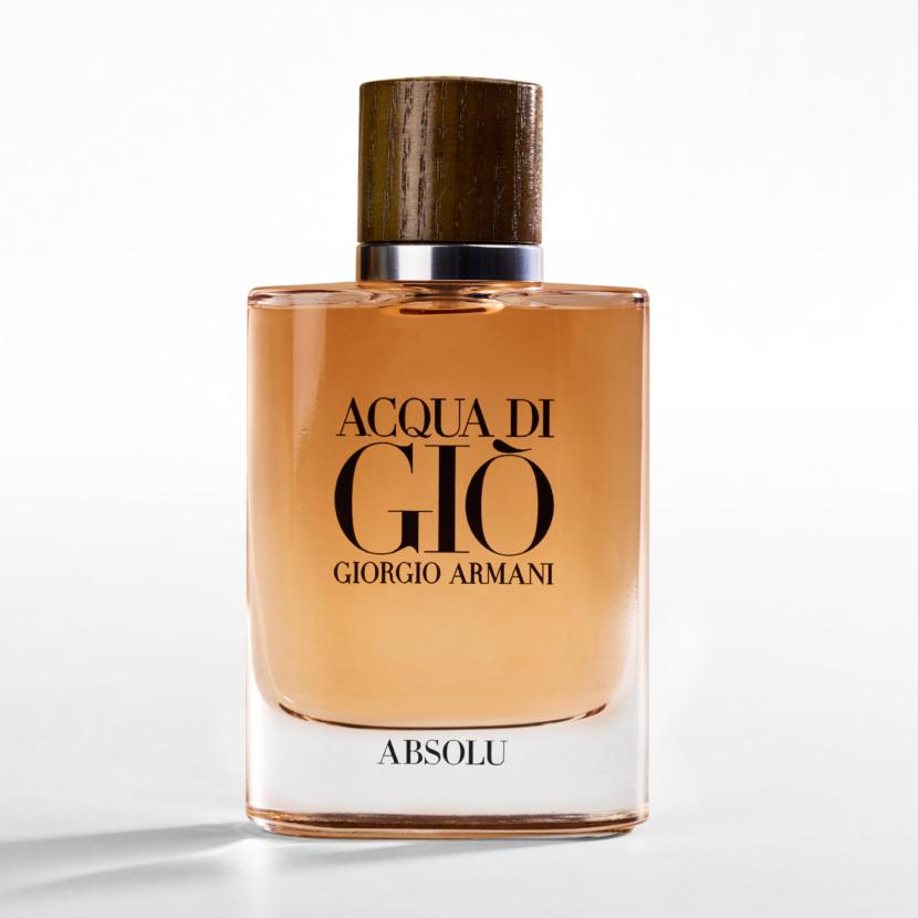 Giorgio Armani lança seu novo perfume: ACQUA DI GIÒ ABSOLU