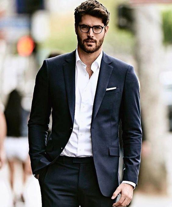 7f37629ba Para conferir mais dicas de moda para homens e também um conteúdo completo  sobre estilo de homem e tendências masculinas, é só seguir nosso canal de  moda ...